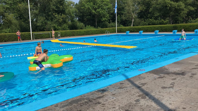 nieuwe speelmaterialen zomerbad peize 2020 openluchtbad noordenveld